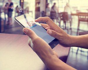 Communiquer avec un service clientèle par email